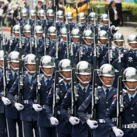 Senate bill allows Taiwanese soldiers to wear uniforms with flag in US