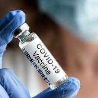 快訊!嬌生、BNT疫苗通過台灣緊急使用授權 食藥署:在跑行政程序了