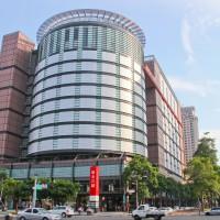 Taiwan confirms COVID cases at 2 Shin Kong Mitsukoshi stores