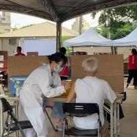 【AZ施打搶頭香】新竹市長者6/14起展開大規模接種•號稱領先全台灣 1.1萬劑疫苗估6/15打完