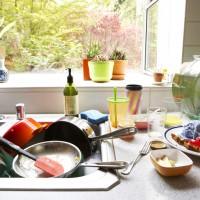 居家上班媽媽自嘲「氣數已盡」!五成最恨廚房難整理 專家:髒亂恐影響財運健康