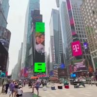 驕傲!台灣金曲歌后魏如萱登紐約時代廣場巨幕 繼張惠妹後用音樂替女權發聲