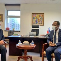 Taiwan's foreign minister visits Haitian embassy to express condolences