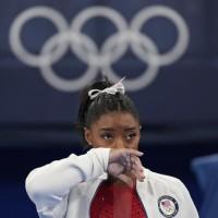 美體操明星因心理健康棄決賽 被批「自私」引發各界給予聲援
