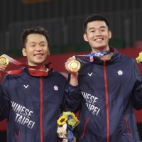Taiwan reviewing rule barring Olympic gold medalist from endorsing beer brand