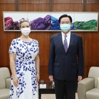 Newly appointed AIT director meets with Taiwan's foreign minister