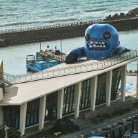 14-meter monster towers over southern Taiwan art gallery for inaugural exhibition
