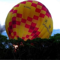 Hot air balloon goes down in flames at festival in east Taiwan