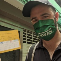 American scholar describes experience getting Taiwan's Medigen vaccine