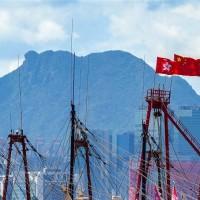 【愛國者治港?!】港府要求宣誓效忠「基本法」 香港260名泛民區議員請辭
