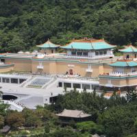 颱風璨樹來勢汹汹!台北市週日放颱風假 故宮北院宣布閉館