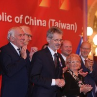 Senate president attends Taiwan National Day reception in Prague