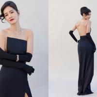美翻!台灣女星Janet金鐘獎紅毯戰袍成焦點 出自旅英設計師詹朴最新時裝