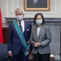 Taiwan president bestows honor upon French senator