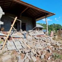 Earthquake of magnitude 4.8 strikes Bali, kills three