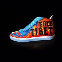 NBA player wears 'Free Tibet' shoes to game, China cuts livestream