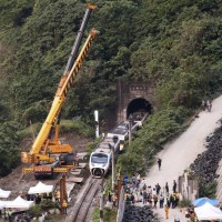 Taiwan thanks global community for condolences following deadly train derailment