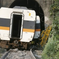 2 Americans dead after Taiwan train derailment