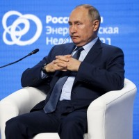 Russian president suggests China could seize Taiwan without force