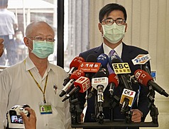 台灣新冠疫情升級 高雄宣布進入「準三級警戒」