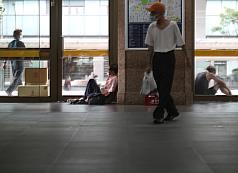 14 homeless at Taipei Main Station, Bangka Park diagnosed with COVID