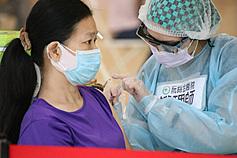 該打第二劑!指揮中心:已接種者、孕婦、留學生快去預約