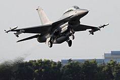 Scholar says early delivery of new F-16s will bolster Taiwan's air defense capabilities