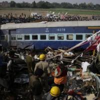 印度火車出軌至少120死  2010年來最嚴重事故