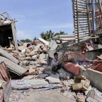 印尼規模6.5地震 54死 300傷 傷亡持續攀升