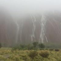 聖誕驚魂...世紀大雨7人失蹤  澳洲關閉國家公園
