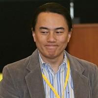 新創巨頭翟本喬 深夜臉書發文說明裁員