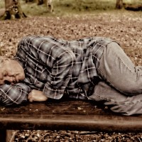 老人睡眠問題多 如何睡的平安又安穩?