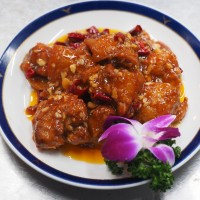 Peng's Garden: The Mecca of General Tso's Chicken in Taipei