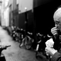 調查:二成銀髮族未曾理財 退休生活支出吃緊
