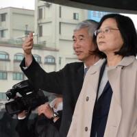 Taiwan president announces Keelung-Taipei tram-train link