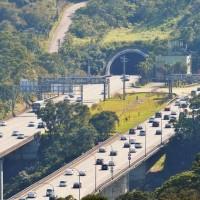 雪隧最低速限70公里 10日起最高罰6千