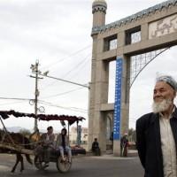 「極端思想」流竄? 中國強迫新疆孩童改名