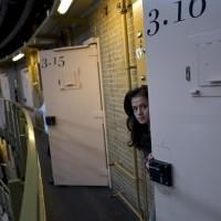 荷蘭監獄「收嘸人」 轉型難民棲身地
