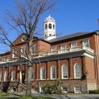 私人群聊發爭議梗圖 哈佛撤銷10新生入學資格