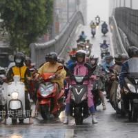 北台灣雨勢擴大 周三脫離梅雨鋒面
