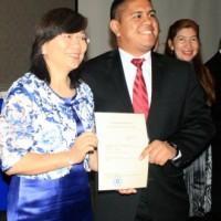 Taiwan awards full scholarships to Salvadorian students