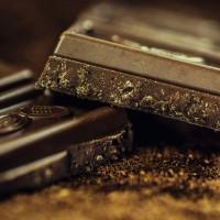 不只是巧克力 這類食物吃多也會長痘痘