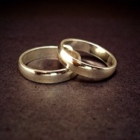 Taiwanese marriages decrease while divorces increase