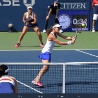 Elder Chan prevails in battle between sisters at US Open
