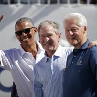 美國政治三巨頭 齊聚高球總統盃留下歷史畫面