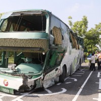 Bus driver's search for tissue caused 6 deaths: Taiwan prosecutors