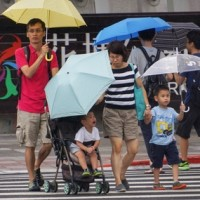 國慶連假第二天東部豪大雨特報    未來一周有利颱風生成