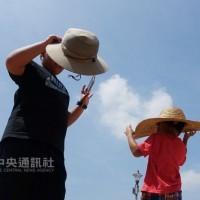 北台灣陽光露臉 恆春半島當心局部大雨