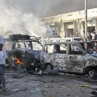 索馬利亞首都大貨車炸彈恐攻  至少20人喪生