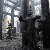 緬甸最大城仰光地標傳火警    知名五星飯店付之一炬